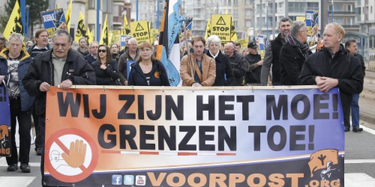 Rechts-radicalen ageren tegen prijs Merkel