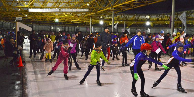 De ijsbaan in Assen. FOTO ARCHIEF DVHN