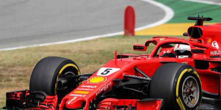 Vettel valt als koploper uit in thuisrace