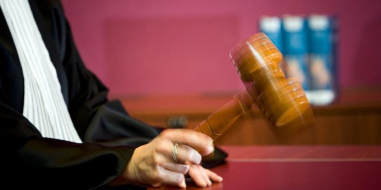 Notariskantoor Emmen onder druk om verdwenen geld