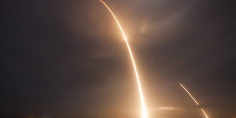 SpaceX-raket op weg naar ISS