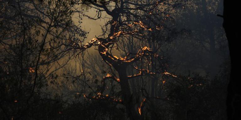 Noodweer blust brand Athene
