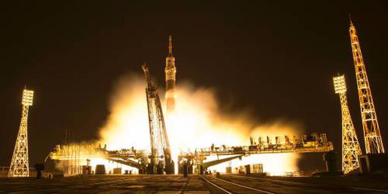 Nieuwe bemanningsleden aangekomen bij ISS