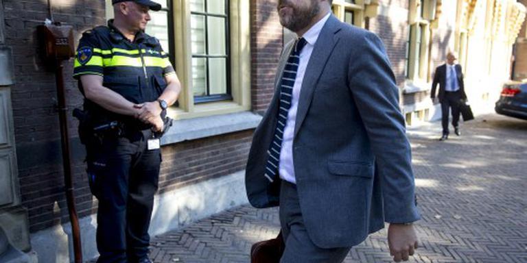 Dijkhoff laat lek privégesprekken onderzoeken