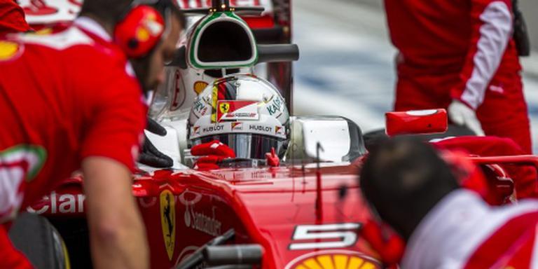 Vettel vijf plaatsen terug op startrij
