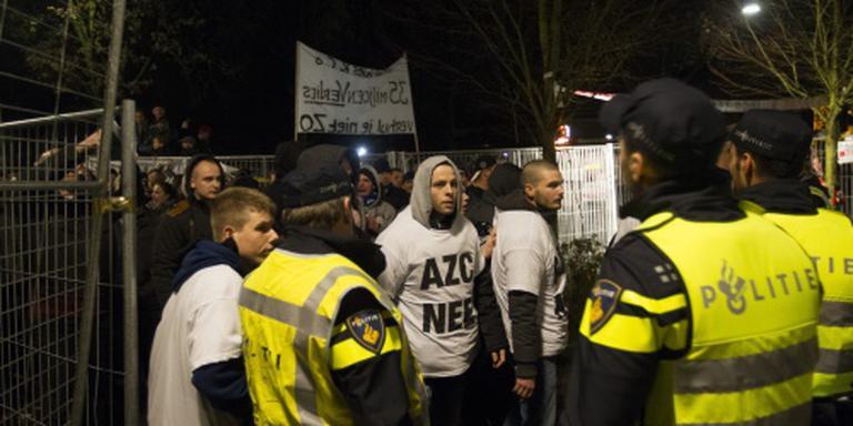 Raadszaal Geldermalsen ontruimd na rellen