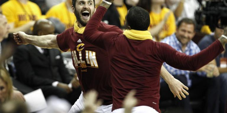 Driepunters helpen basketballers Cleveland