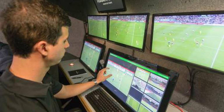 KNVB test opnieuw met videoscheidsrechter