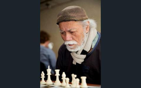 Als schaker was Frank Lindeman een extravert man, maar zijn huis en zijn kunst hield hij voor vrijwel iedereen verborgen.