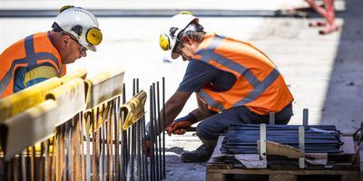 De bouw kent ook in Groningen en Drenthe enorme personeelstekorten. Foto: Archief/ANP