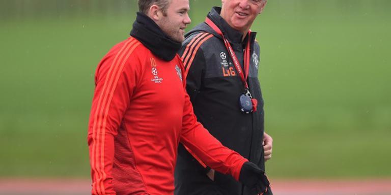 Van Gaal verkiest Rooney boven Depay