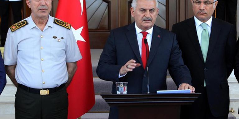 Turkse politieke partijen slaan handen ineen
