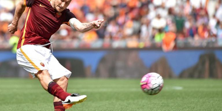 Totti tekent voor 25e seizoen bij AS Roma