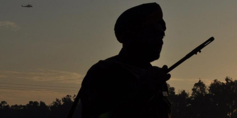 Weer gevechten bij militaire vliegbasis India