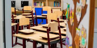 Duizenden scholen dicht tijdens onderwijsstaking.