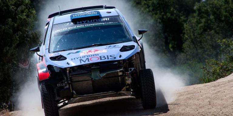 Rallyrijder Abbring in actie in Finland