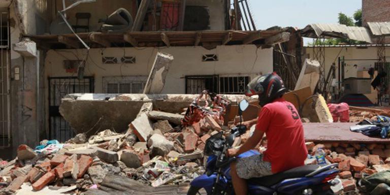 Dodental aardbevingen Ecuador blijft oplopen
