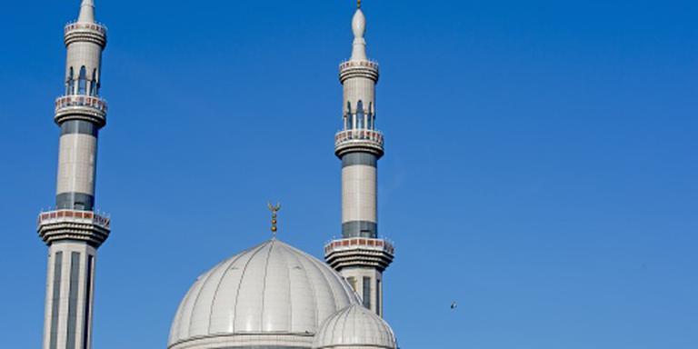 Regering: Turkse imams eerst inburgeren
