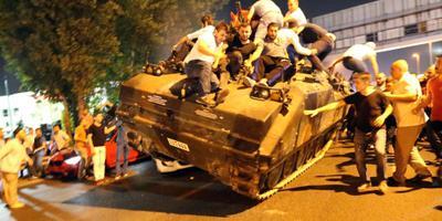 Turkse couppoging lijkt te zijn mislukt