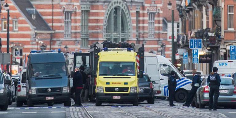 Bom en IS-vlag gevonden in Brussel
