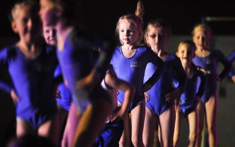 Voortbestaan 82-jarige gymnastiekvereniging DOO Ruinen hangt aan zijden draad