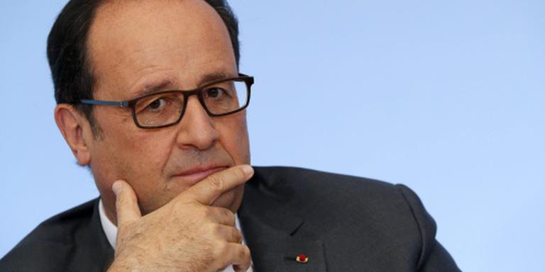 Boze Hollande stelt bezoek aan Polen uit