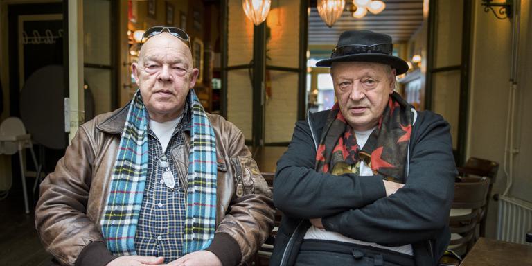 Peter Homan (links) en Remco Imker (rechts) zitten vol verhalen. Foto Jaspar Moulijn