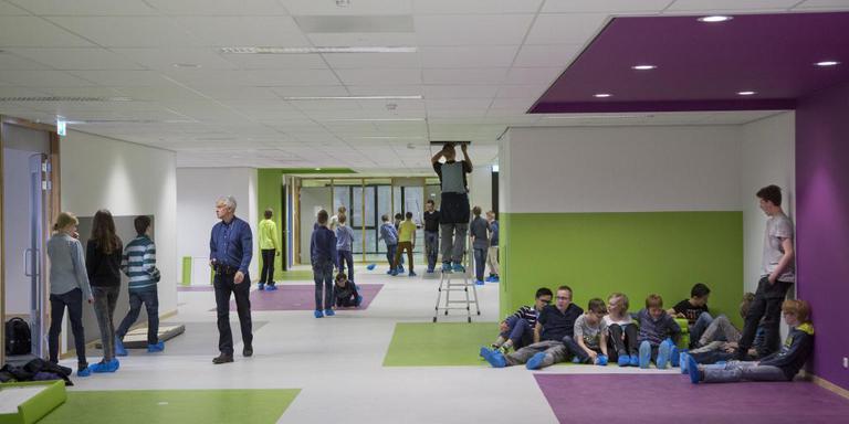 'Het schoolgebouw mag voor de leerlingen absoluut niet krap voelen'