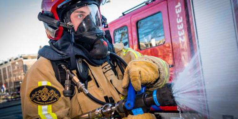 Buren helpen gezin vluchten uit brandend huis