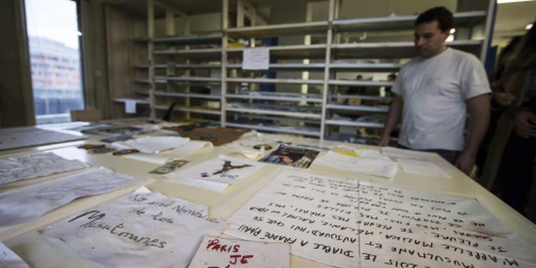 Eerbetonen aanslagen Parijs naar archief