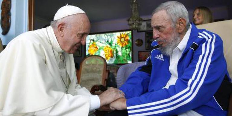 Paus bidt voor Castro