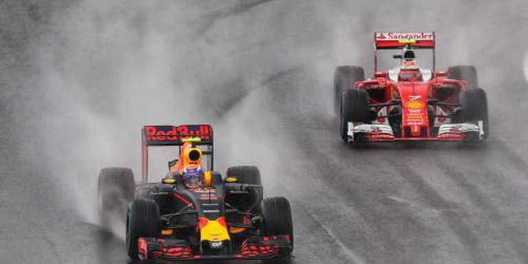 GP Brazilië stilgelegd na crash Räikkönen
