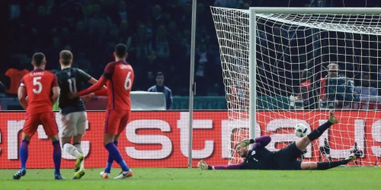 Engeland knokt zich naar zege tegen Duitsland