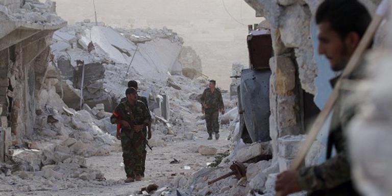 Leger Syrië maant rebellen Aleppo