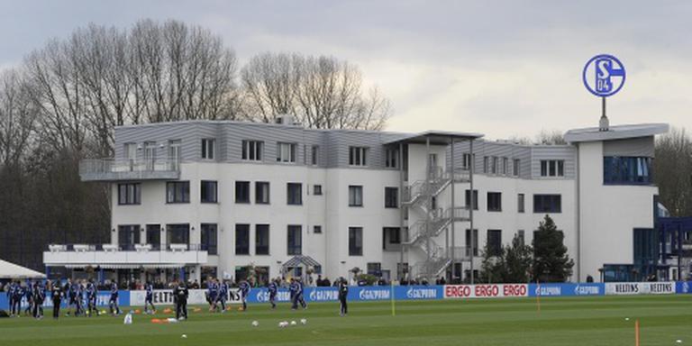Schalke huurt Konopljanka van Sevilla