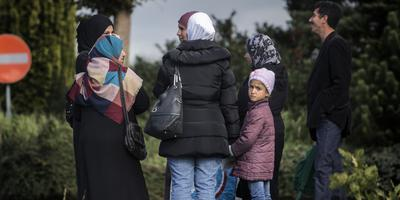 Vluchtelingen op straat in Oranje. Foto archief Siese Veenstra