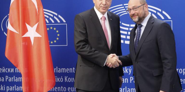 Voorzitter EU-parlement op bezoek bij Erdogan