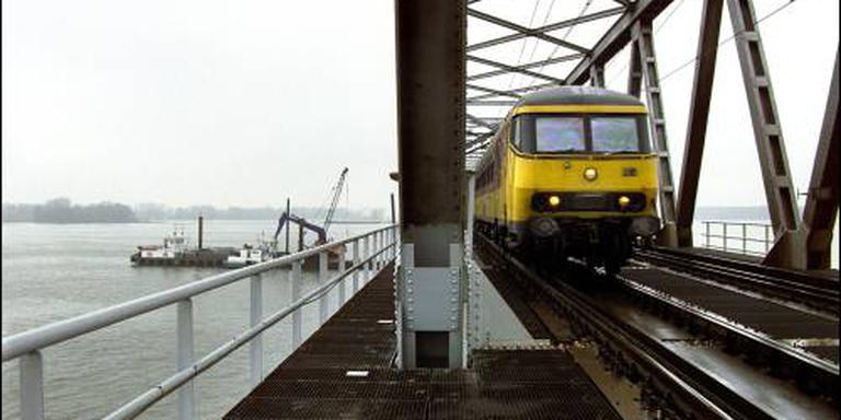 Spoor Moerdijkbrug wordt in 2017 vervangen