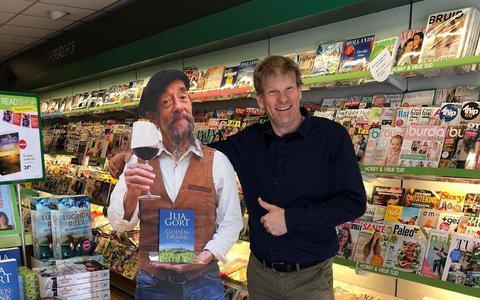 Boekverkoper uit Coevorden maakt toekomstplannen in coronatijd: 'We kunnen van de hervormde kerk de mooiste boekenwinkel van het Noorden maken'