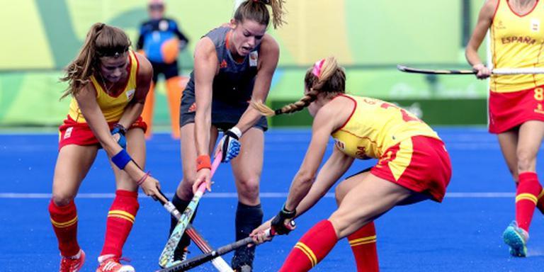 Hockeyvrouwen winnen gemakkelijk van Spanje