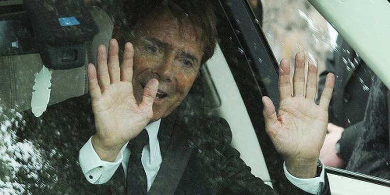 Cliff Richard klaagt politie en BBC aan