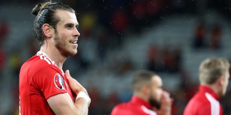 Vedette Bale looft collectief van Wales