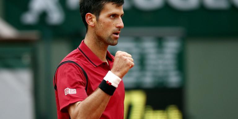 Djokovic blijft op koers voor primeur