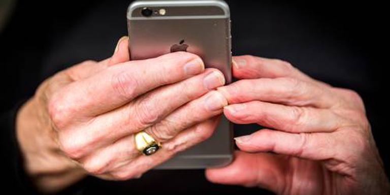 Helft heeft geen toegangscode voor smartphone