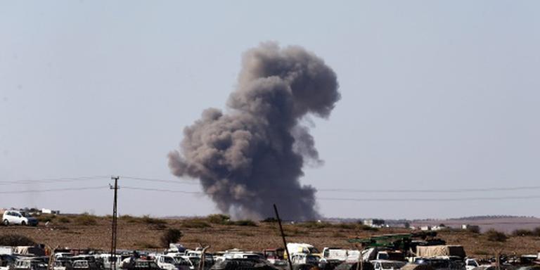 Koerden: Turken vallen ook bij Kobani binnen