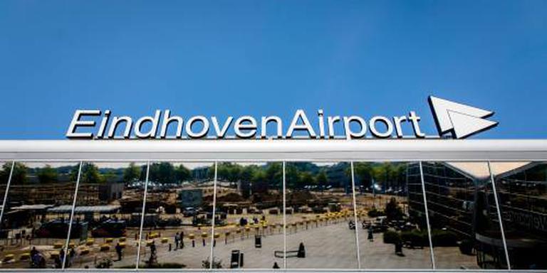 Vliegtuig ontruimd op Eindhoven om dreigbrief
