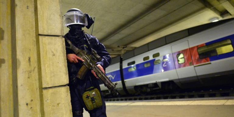 Militair neergestoken op station Straatsburg