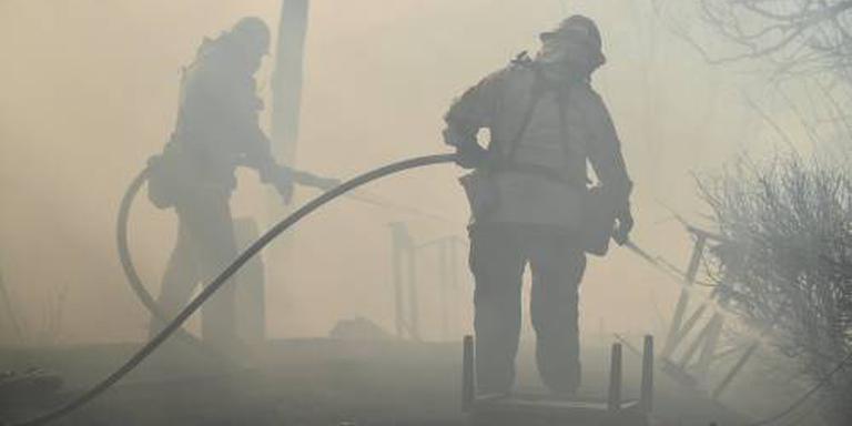 Vuur bereikt de rijken van Los Angeles