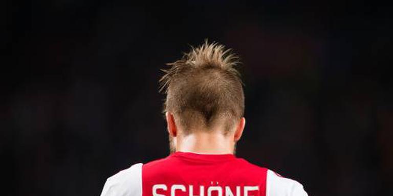 Ajax met Schöne tegen Feyenoord