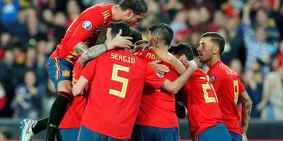 Spanje en Italië foutloos in EK-kwalificatie